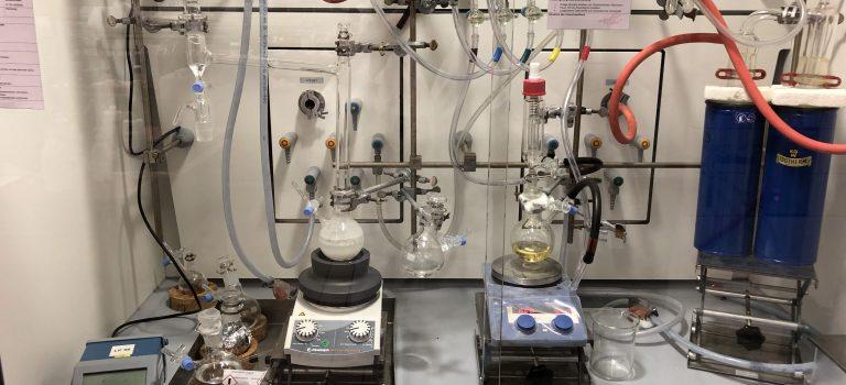 Wissenschaftliche Forschung im Rahmen eines Chemiestudiums